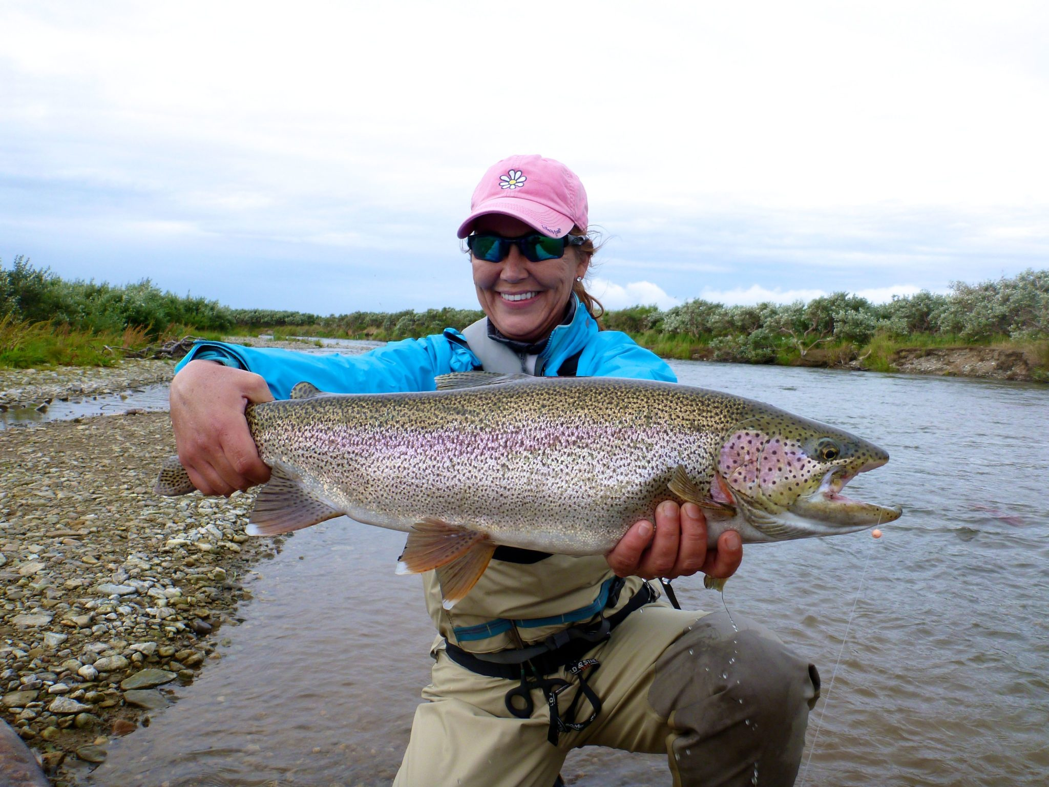 Alaska rainbow trout fly fishing trips no see um lodge for Rainbow trout fishing