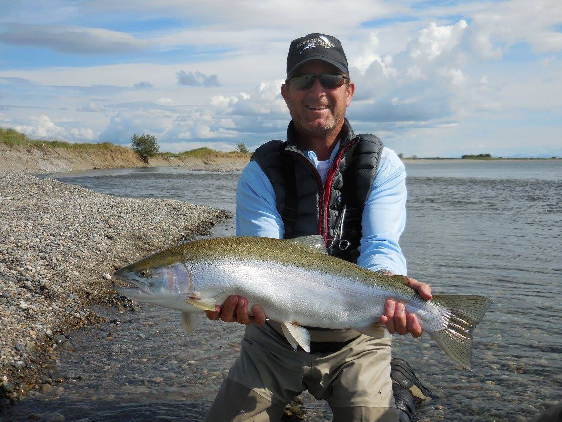Fly fishing in alaska fishing lodge experience no see for Fishing for salmon