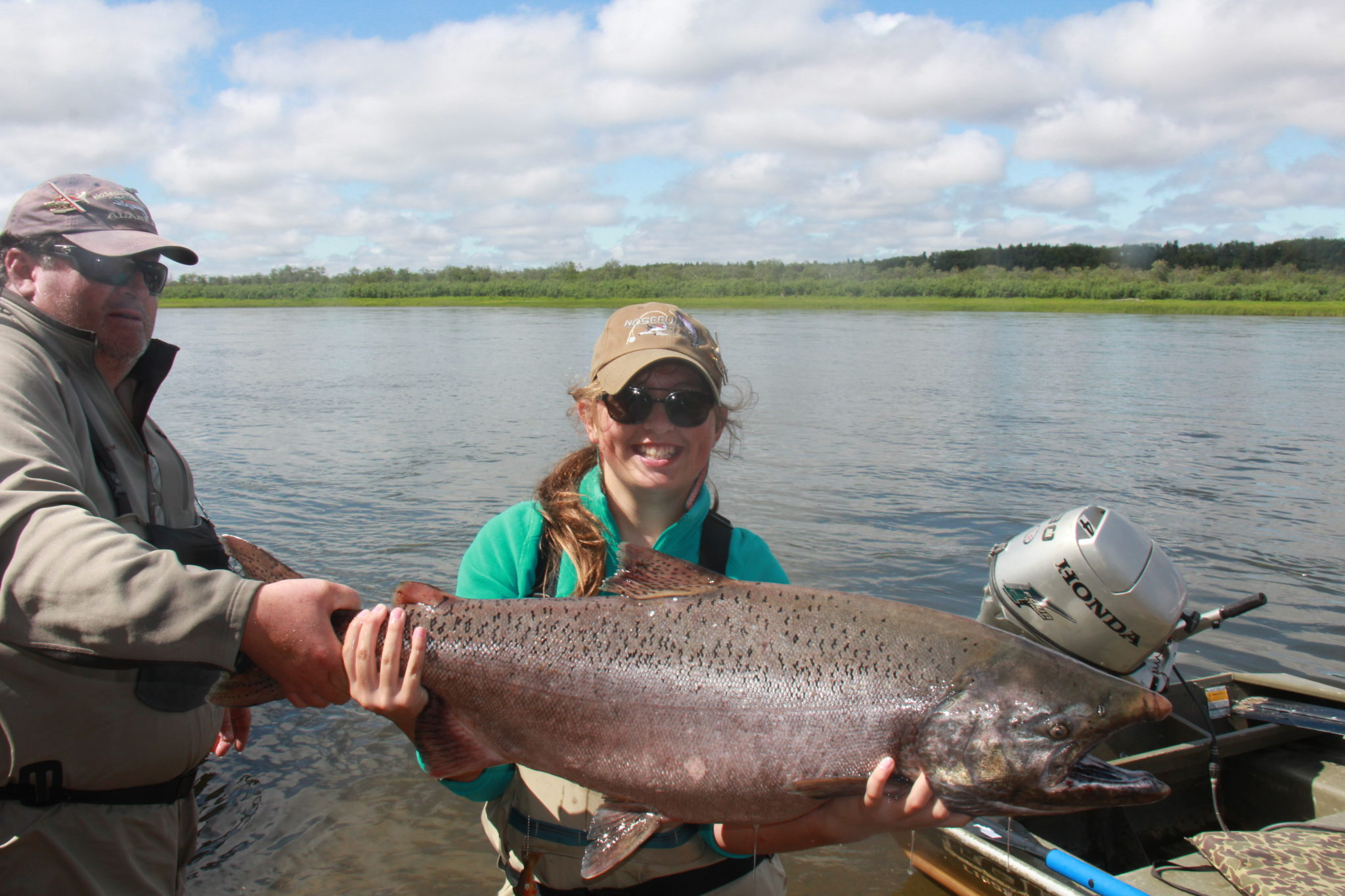 Alaska king salmon fly fishing trips no see um lodge for Alaskan salmon fishing
