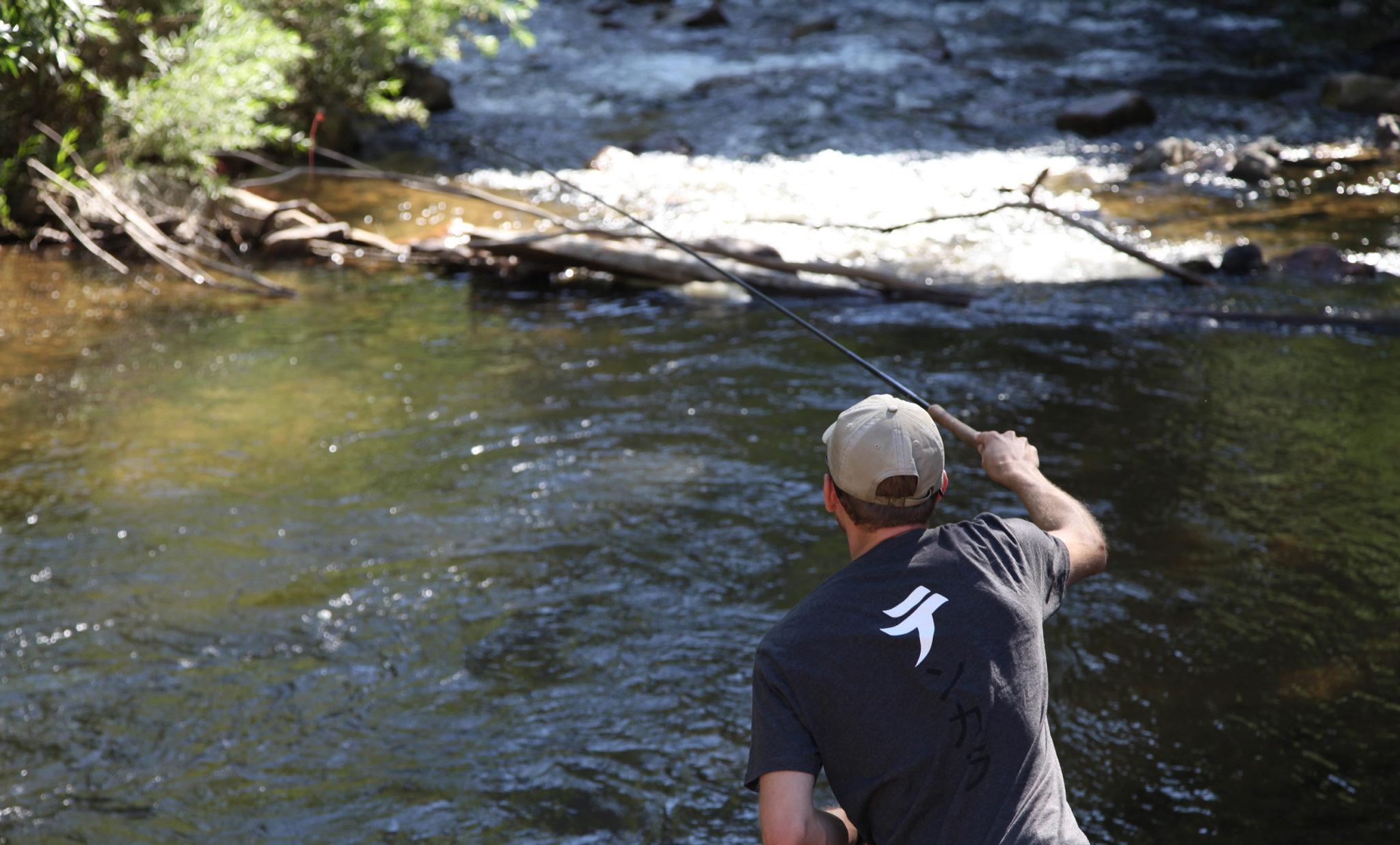 Five tenkara fly fishing techniques that really work no for Fly fishing techniques